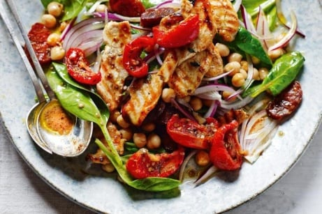 Enjoy Lunch with us - like the Chicken Chorizo Salad just £6.95!