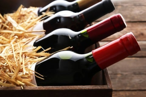 Join the Doorstep Dozen wine club and discover superb new wine, hand-picked by our experts.