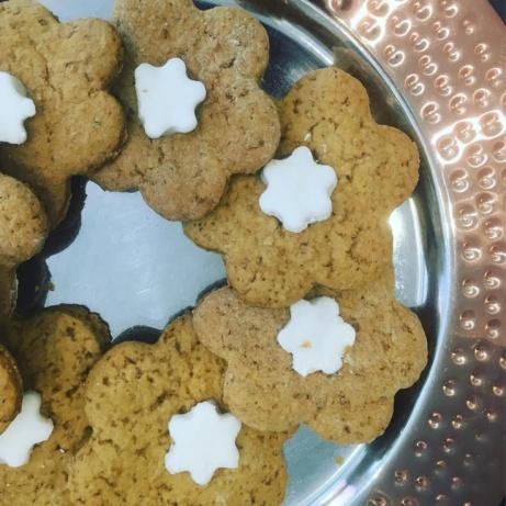 Vegan ginger biscuits!