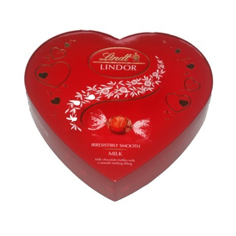 Valentines Day Gift Ideas - Lindt Lindor Amour Heart Box £5.00!