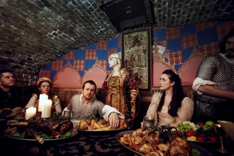 20% OFF Medieval Banquet in London for 2 with Prosecco!