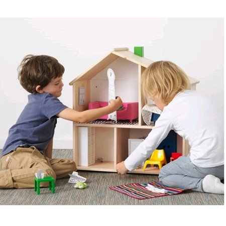 This Amazing Dolls house can also become a wall shelf and it's only £23