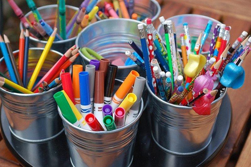 Shop our MASSIVE range of Children's Arts & Crafts today online!