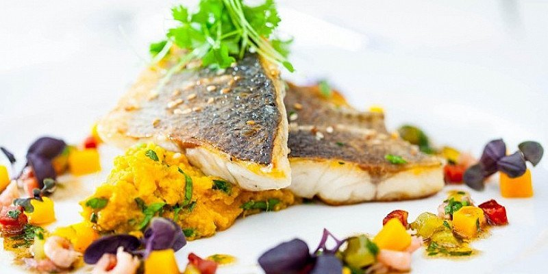 Award-winning 3-course lunch for up to 4 in Lincoln -  from £45!