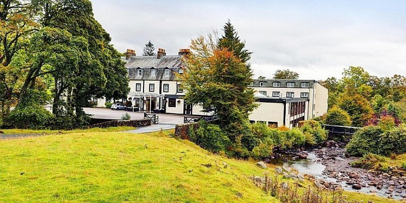 2-night Cumbria stay with breakfast - SAVE 62%