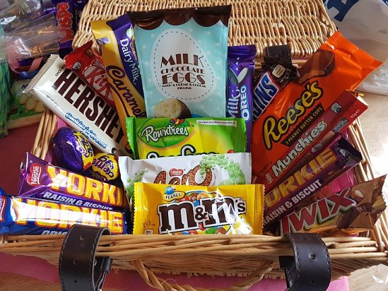 Sweet Hamper - INCLUDES BASKET!