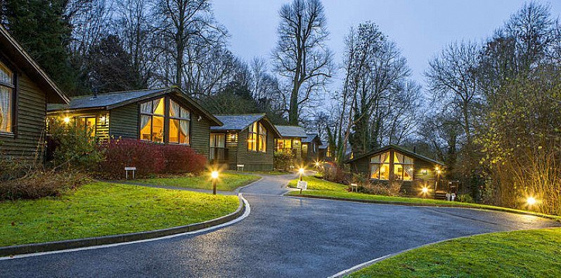 Luxury Lodge in Kent for up to 6 with Prosecco - FOR ONLY £99!