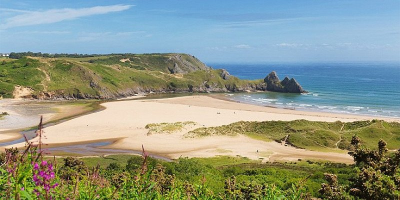 WALES: Gower Peninsula stay for 2 including breakfast - ONLY £59!
