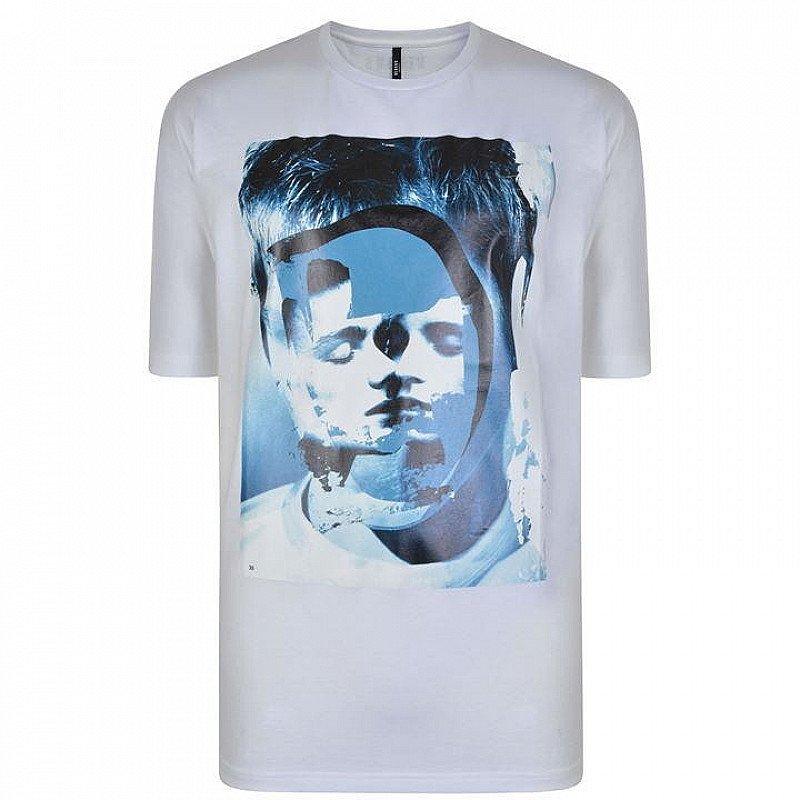SAVE 70% -  VERSUS VERSACE Graphic Print T Shirt!
