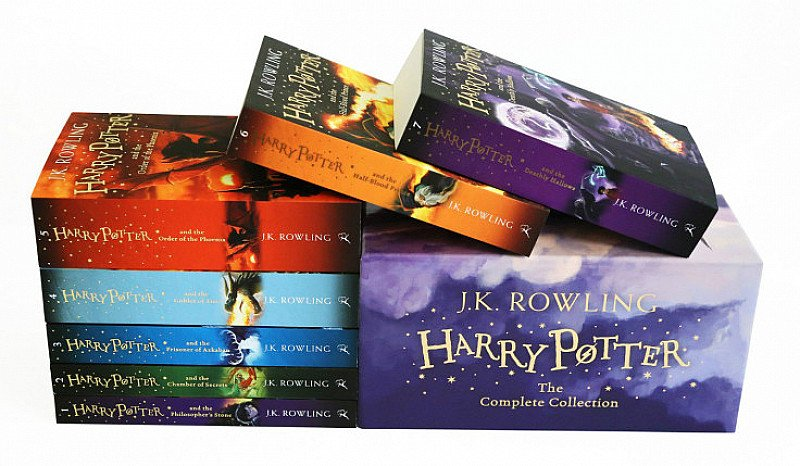 SAVE 1/3 on Harry Potter Box Set of Books - The Complete Collection!