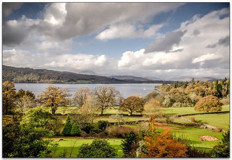 SAVE £85 on this Lake Windermere Gourmet Escape for 2 with Meals and Extras!