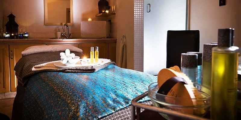 46% OFF - Birmingham Spa package with 2 Treatments & Cocktail!