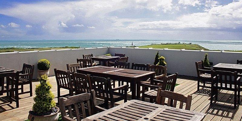 SAVE 47% On Short Break in Dorset: Isle of Portland w/breakfast!