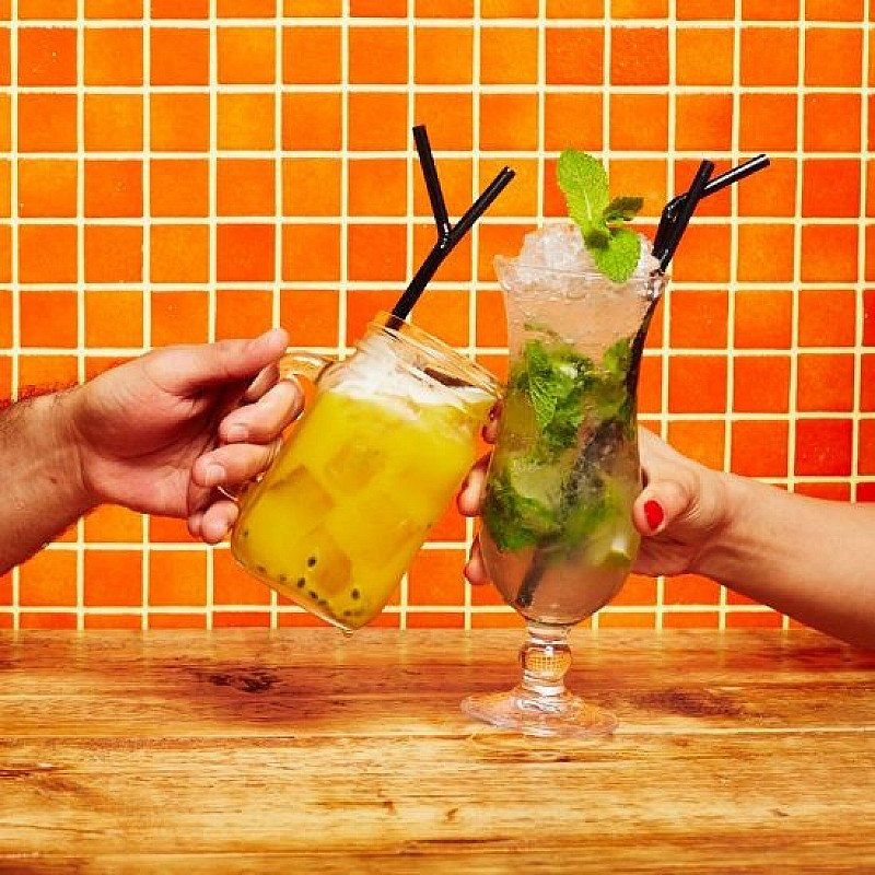 HAPPY HOUR - 2 Cocktails for £9 - 5pm - 7pm!