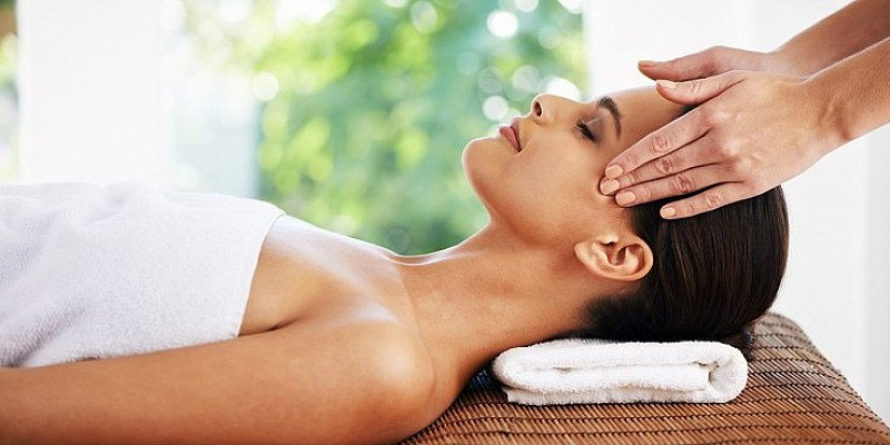 Pamper Day including Massage at 'Superb' Spa - LESS THAN 1/2 PRICE!