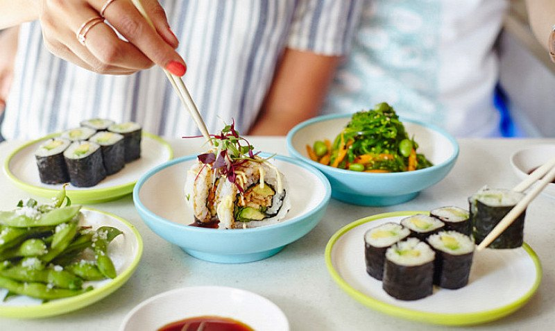LUNCH at Yo! Sushi - £6 Meal Deal!