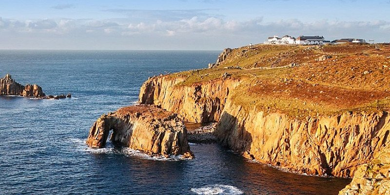 60% OFF - Cornwall: Land's End getaway for 2 with Cream Tea - ONLY £59!