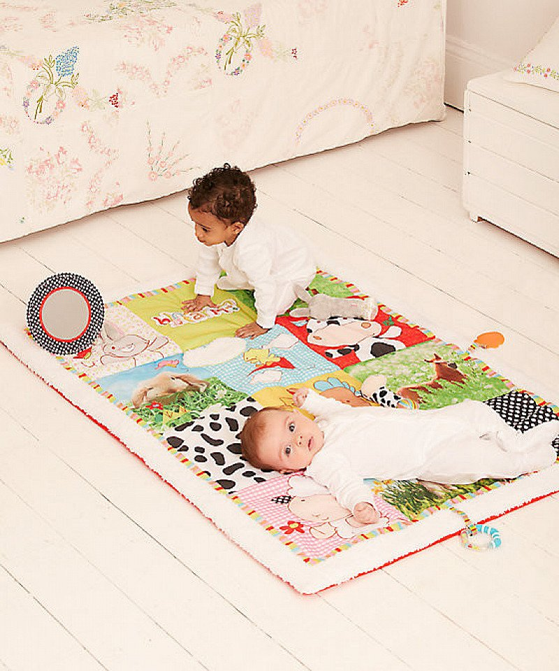 SAVE 40% on this Blossom Farm Jumbo Playmat!