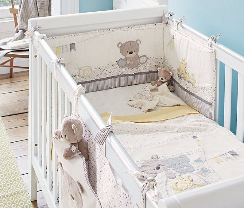 SAVE 1/3 on this Teddy's Toy Box Bed in a Bag!