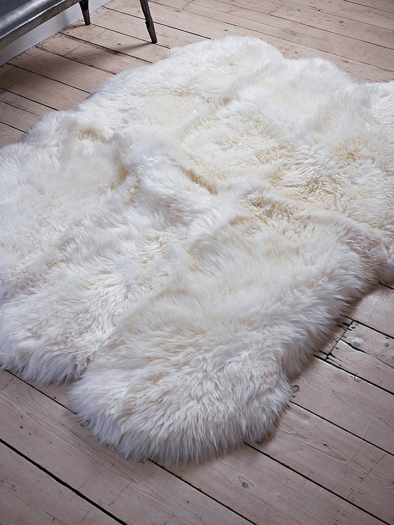 SAVE £175 on this Sumptuous Sheepskin Extra Large Rug!
