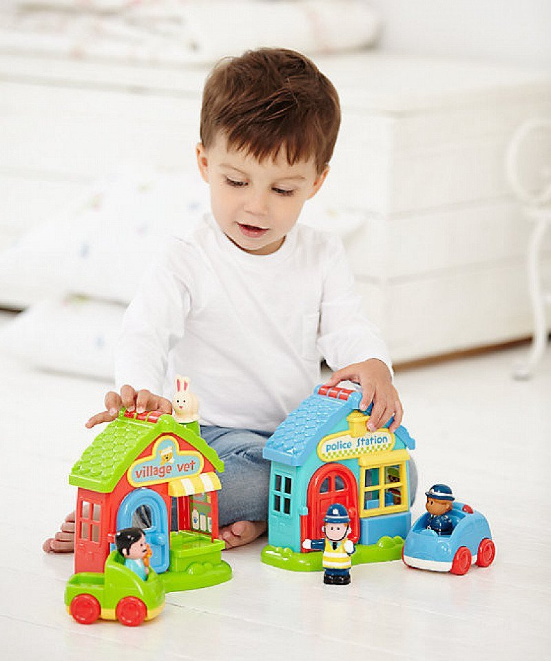 1/2 PRICE - Happyland Police Station!