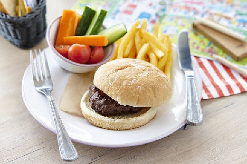 Feed the Kids - Main, Dessert & a Drink for ONLY £6.95!