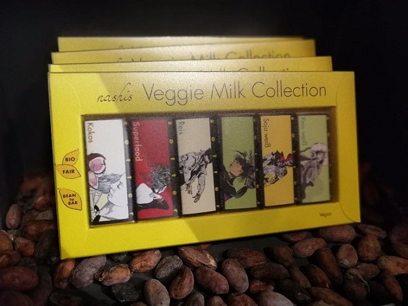 We love the beautiful packaging of this miniature vegan chocolate gift selection