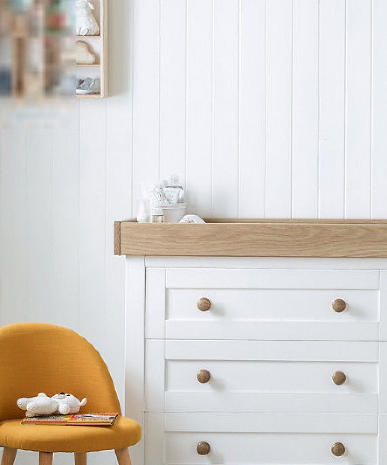 SALE - mothercare lulworth changing unit - classic white!
