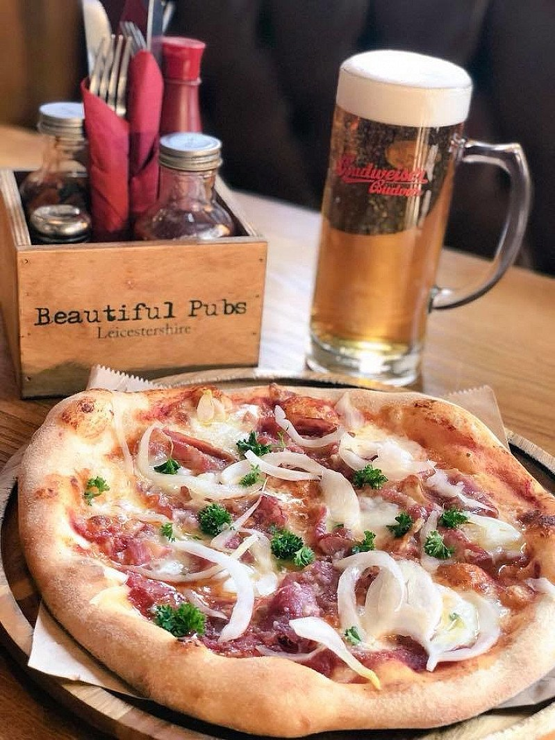 Did you know you can get a 'Personal Pizza' on our 'Cheeky Weekday' Lunch Menu?