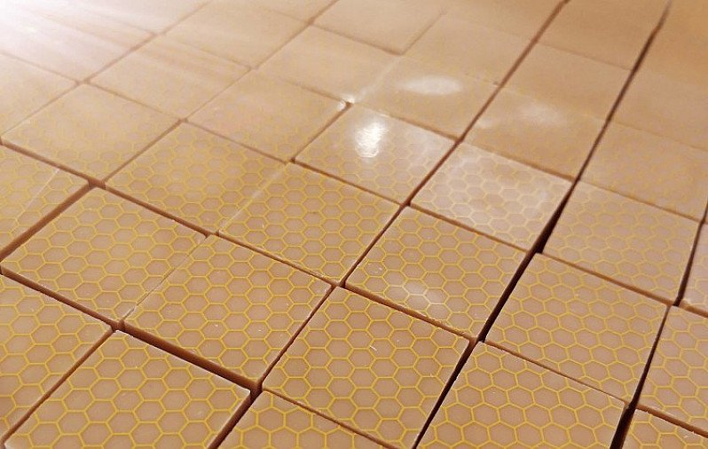 Our exquisite Honey chocolates are made with white chocolate and are filled with local honey!