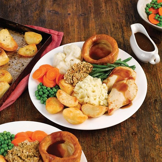 EVERY SUNDAY YOU CAN HAVE 2 CLASSIC ROASTS FOR £12