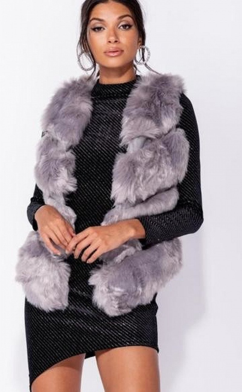 FAUX FUR  GILET NOW WITH 25% OFF!