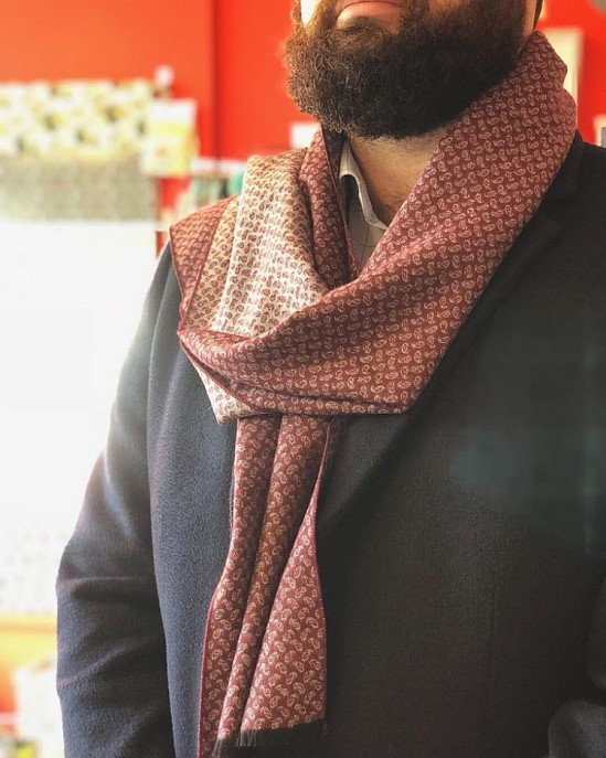 How stylish are these paisley men's scarves? The PERFECT present for chilly winter...