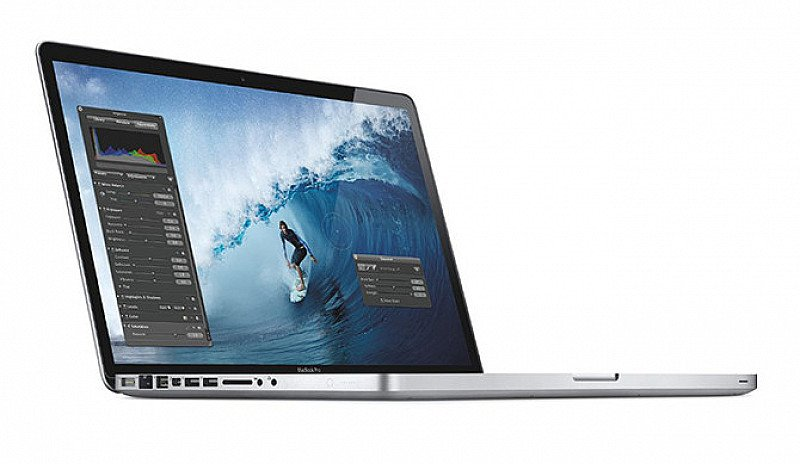 "SAVE 40% - MacBook Pro 13"" MD101 4GB or 8GB + Apple Charger!"