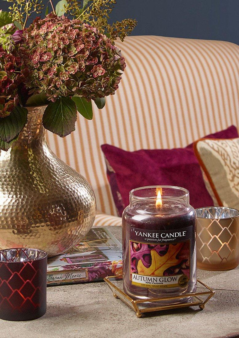 10% OR MORE OFF YANKEE - Yankee Candle Autumn Glow Large Jar