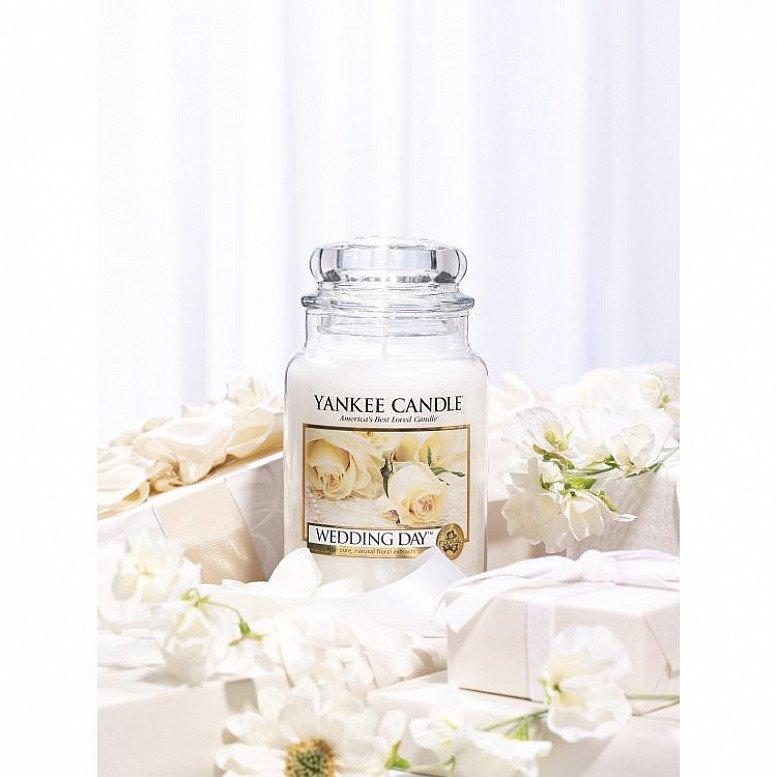 10% off Yankee Candles - Yankee Candle Wedding Day Large Jar