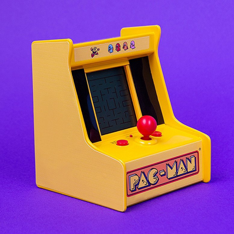 Pacman Desktop Game - Original sounds and game play from the classic retro game - For Only £25!