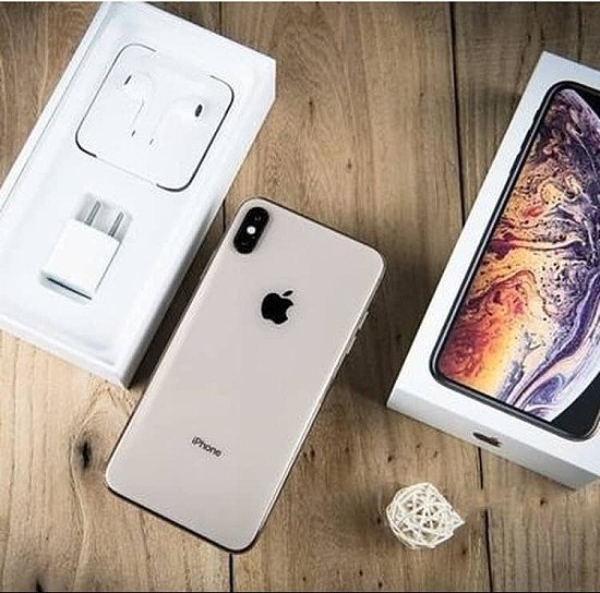 Iphon Xs Max , Iphon 8 Plus and Xs