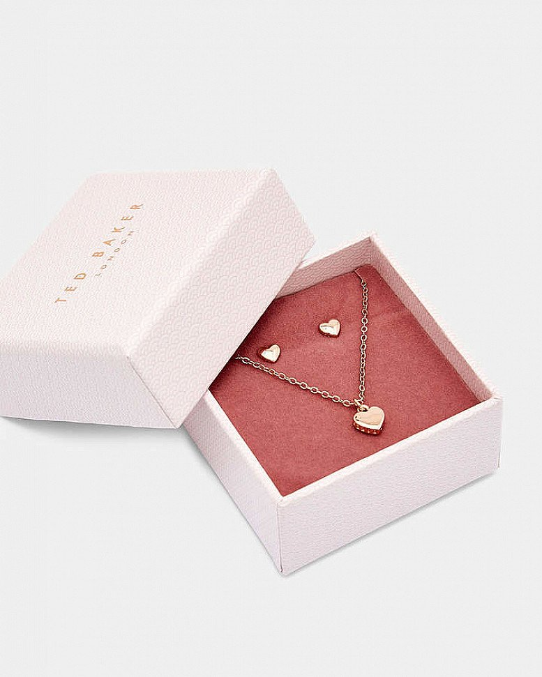 TED BAKER Rose Gold Amoria Sweetheart Gift Set now for £49.00!