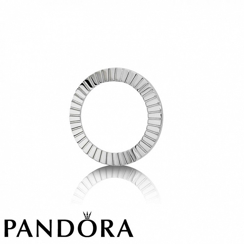 Up to 50% Off on selected Pandora - SILVER TONE WATCH BEZEL RING