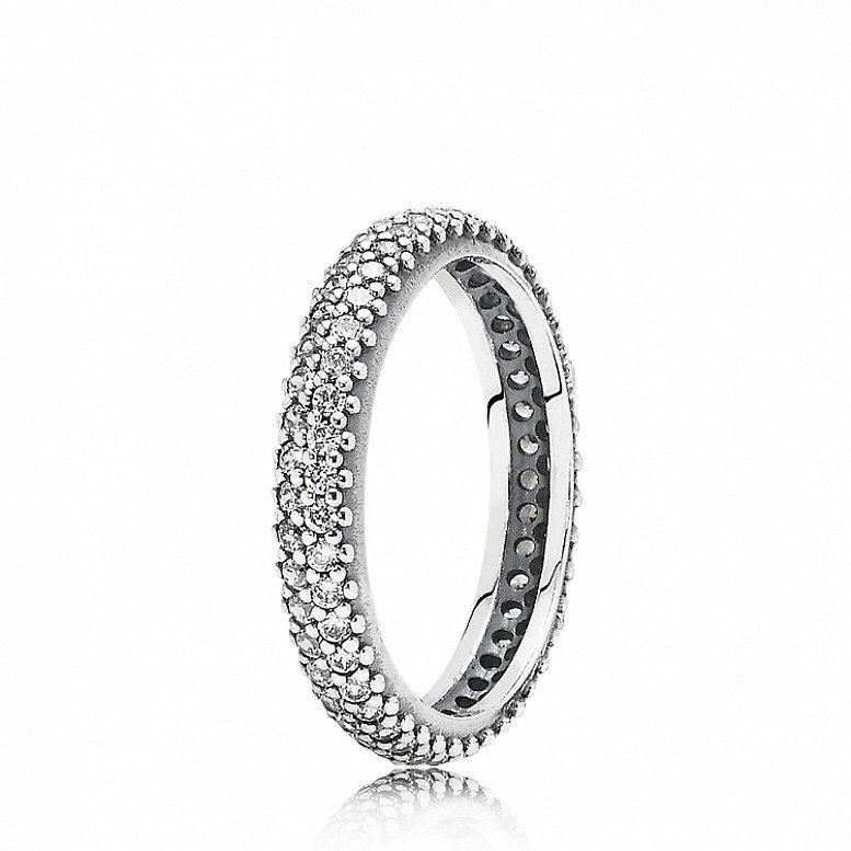 Up to 50% Off on selected Pandora - SPARKLING CURVE RING