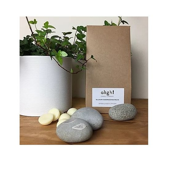 10 Luxury Sandalwood & Myrrh Soy Wax Melts - Just £5.00!