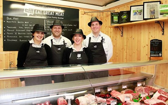 All our meat is sourced from British farmers, selectively chosen for taste & texture!
