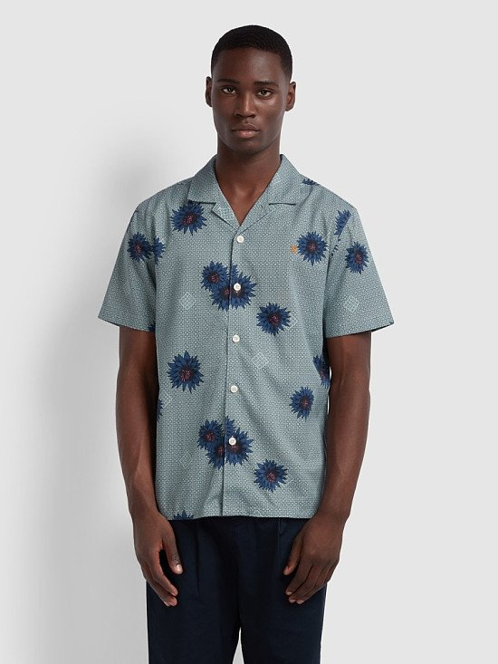 NEW IN - Odessa Casual Fit Short Sleeve Floral Print Shirt In Green Mist Regular: £65.00!