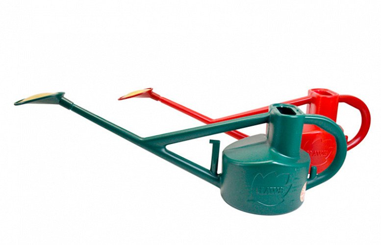 Haws Long Reach Watering Can- £17.99