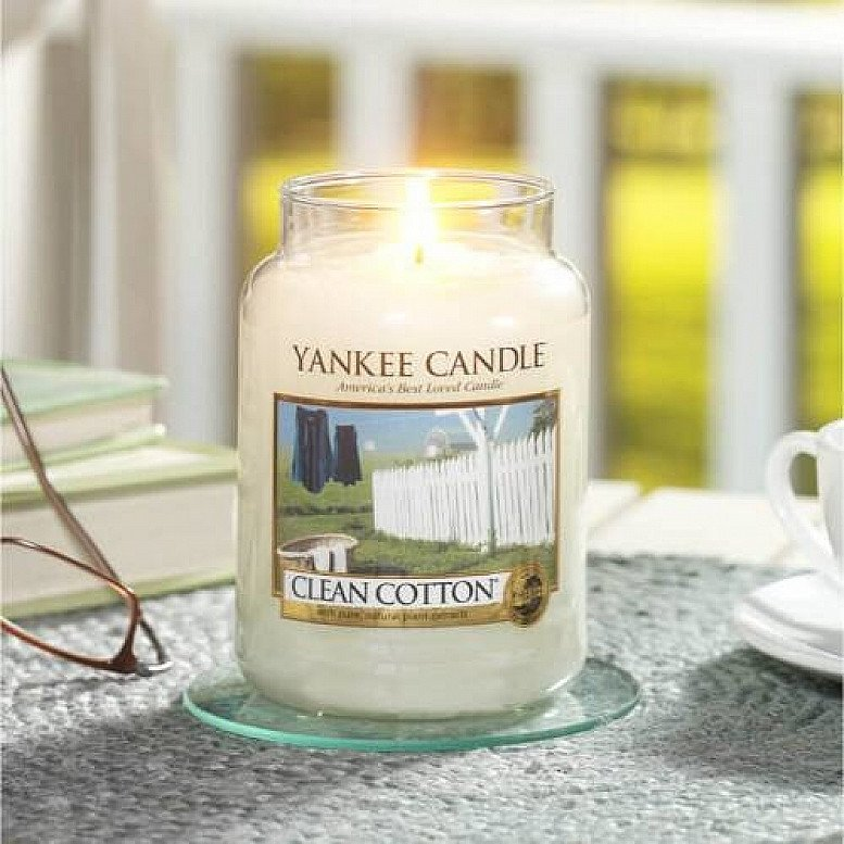SALE - YANKEE CANDLE CLEAN COTTON LARGE JAR!