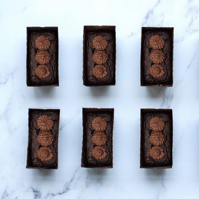 Luxury Chocolate Cake Box - £14.95!