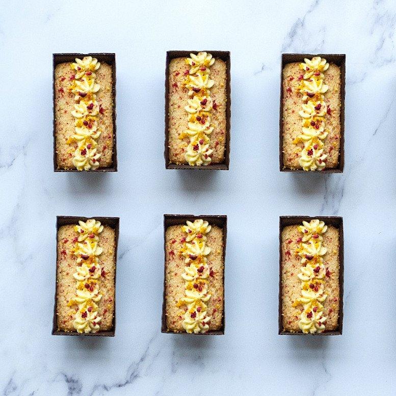 Luxury Lemon Cake Box - £14.95!