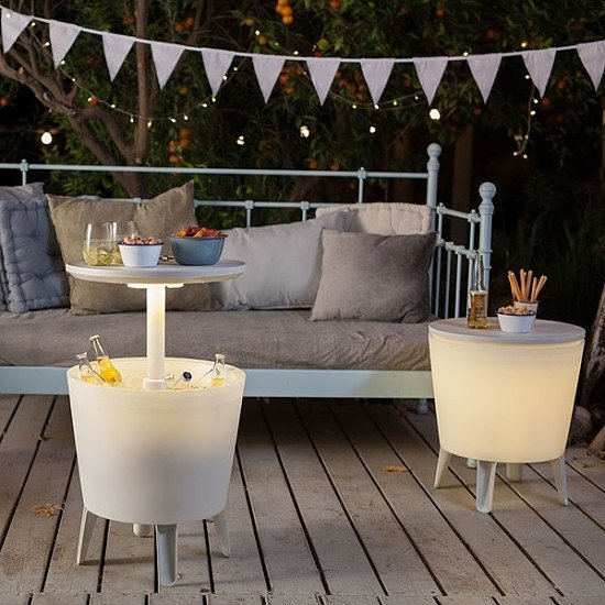 Cool Bar Table with Lights - £90.00!