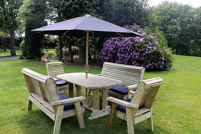 Ergo Table Set Sits 8 (ET104)